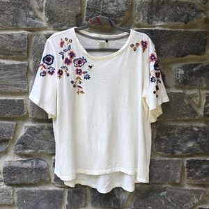 Anthropologie | Akemi + Kim Floral Embroidered Top